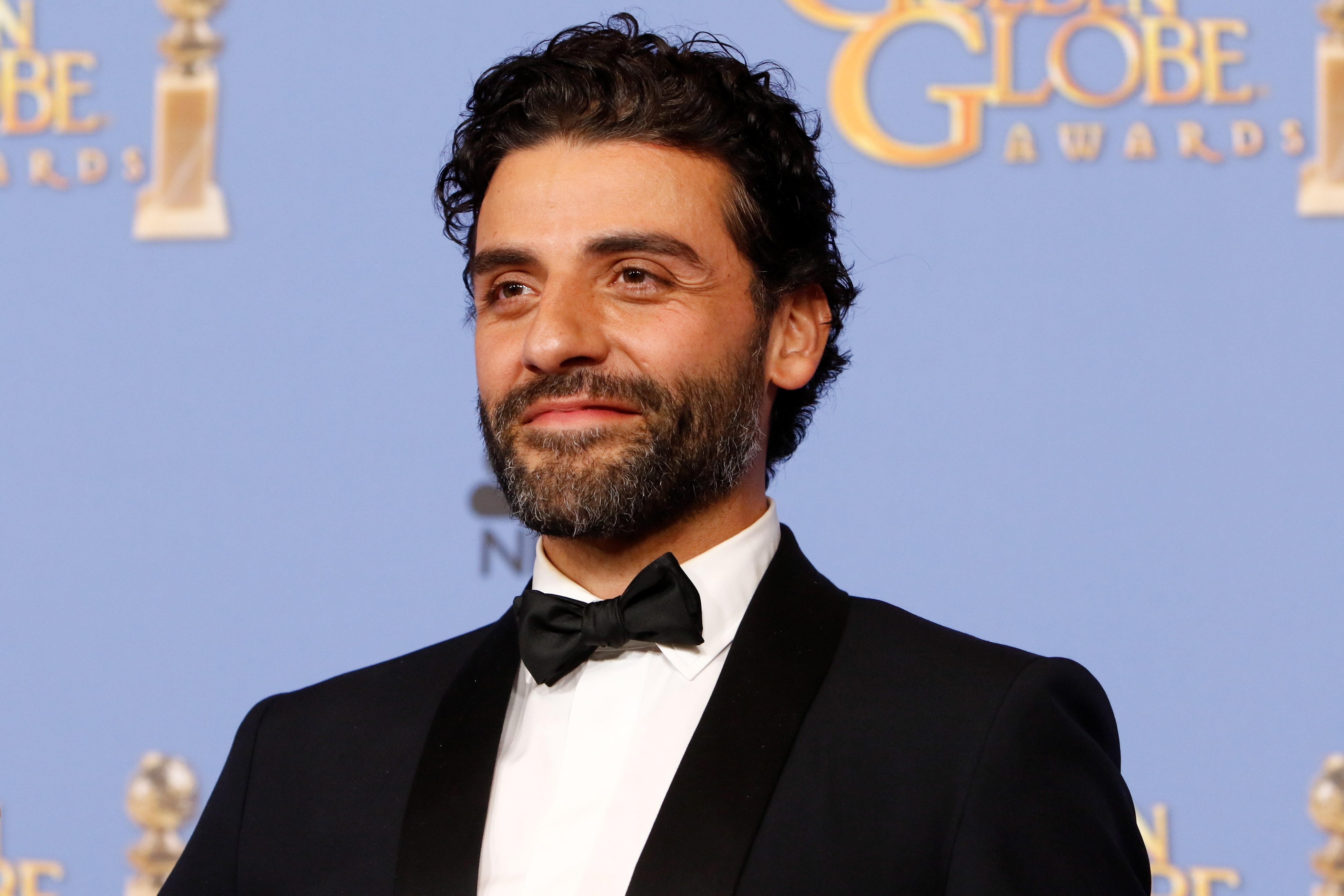 If you too can't have enough of this latino sexbomb, here are 15 things that you likely are unware to further fuel your obsession with hunky actor and birthday boy Oscar Isaac! (Photo: WENN)
