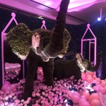 The topiary elephants were one of the most impressive decorative elements of the night. (Photo: Instagram)