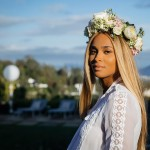 Ciara stuck to an all-white themed baby shower—from the balloons to the lanterns to the dress code, giving her outdoor party an ethereal glow. (Photo: Instagram)
