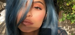 Smurf Hair: Kylie Jenner And 11 Other Celebrities Who Have Dared To Go Blue