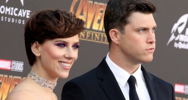 Scarlett Johansson And Colin Jost Are Red Carpet Official!