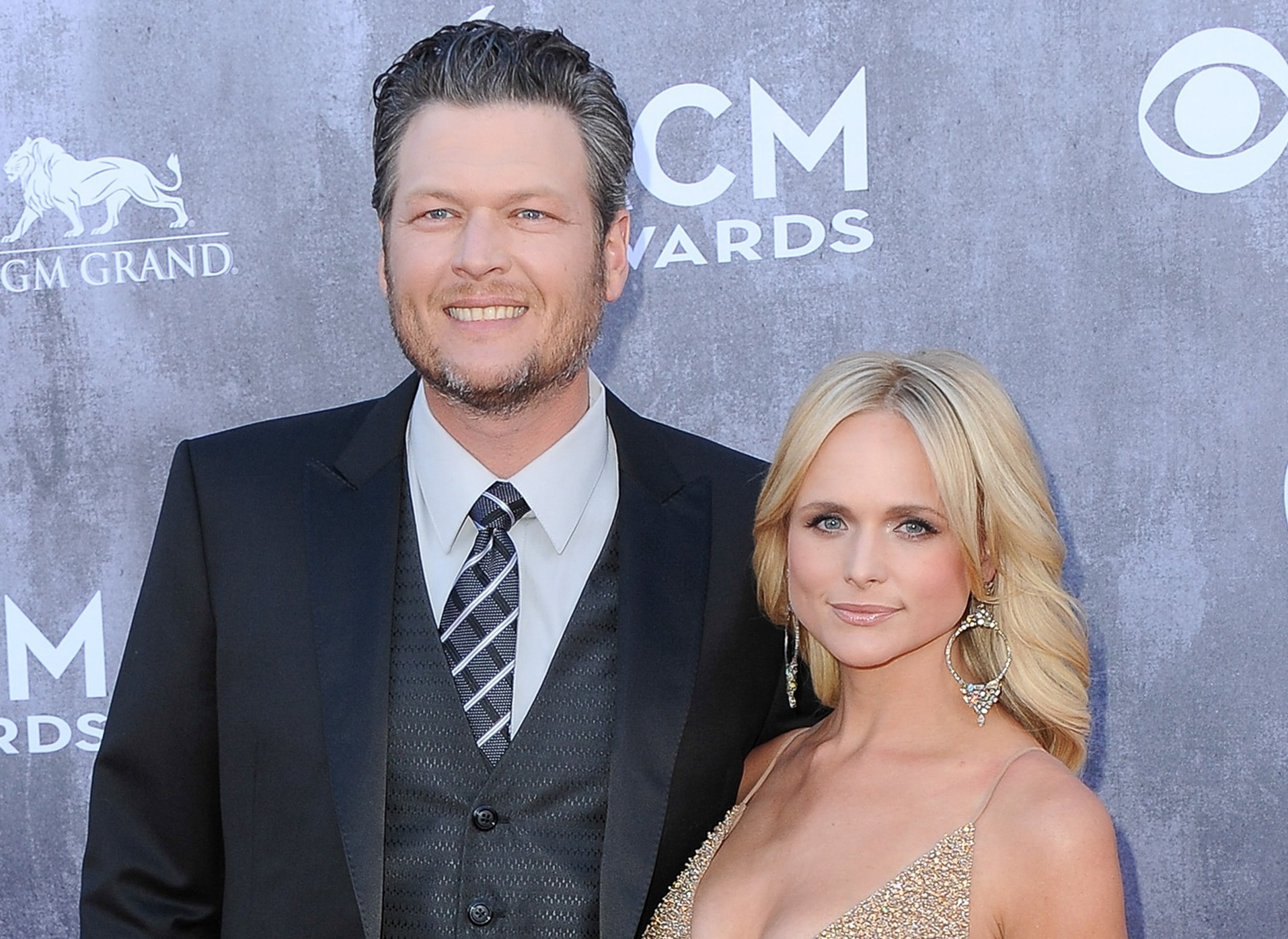 Click through to see some of the reactions to Blake Shelton taking a dig at Miranda Lambert. Be careful, though! This tea is exceptionally hot. (Photo: WENN)