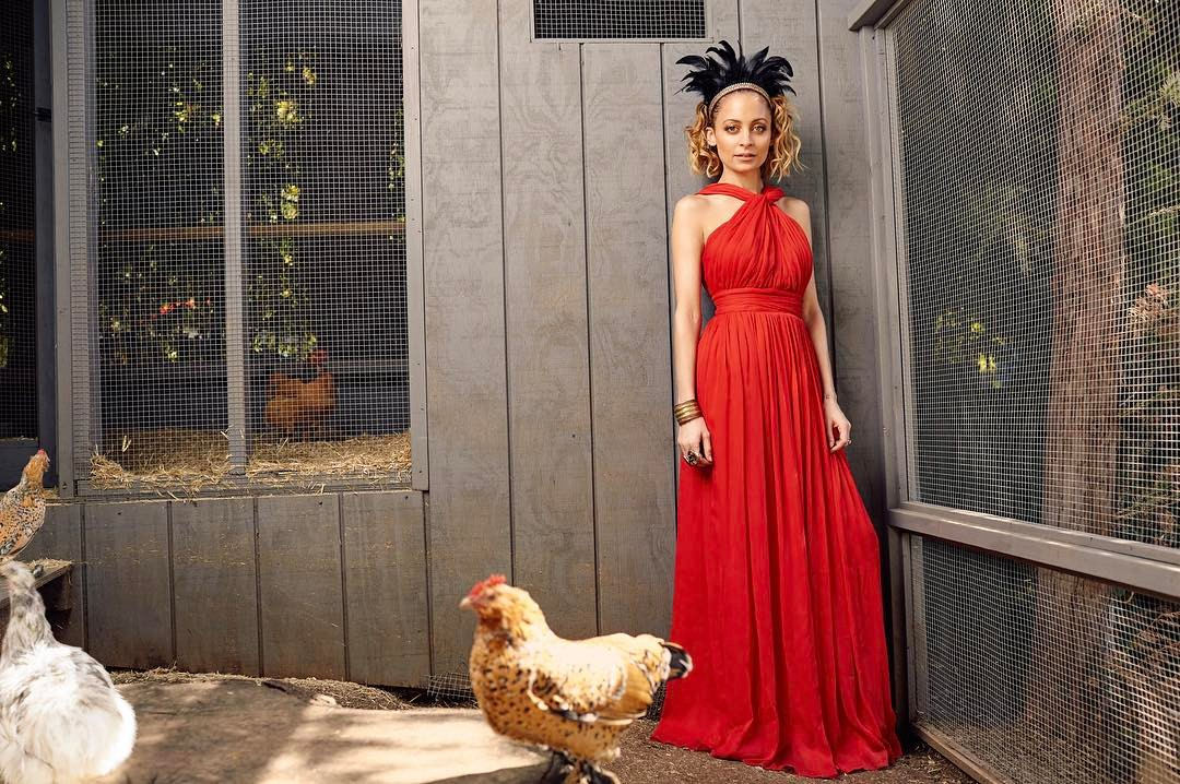 Nicole Richie serves as mom to eight chickens named Tallulah, Philomena, Mama Cass, Sunny, Daisy, Ivy, Sibby and Dixie Chick. (Photo: Instagram)