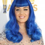 Katy Perry stunned with electric blue hair at the 2010 MTV Movie Awards. (Photo: WENN)