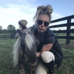 Kaley Cuoco owns as many horses as she has dogs. In fact, it was her love for horsies that brought her together with fiancé and jockey Karl Cook. (Photo: Instagram)