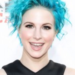 Paramore's Hayley Williams rocked the blue hair trend effortlessly at the red carpet of the 2014 APMAS. (Photo: WENN)
