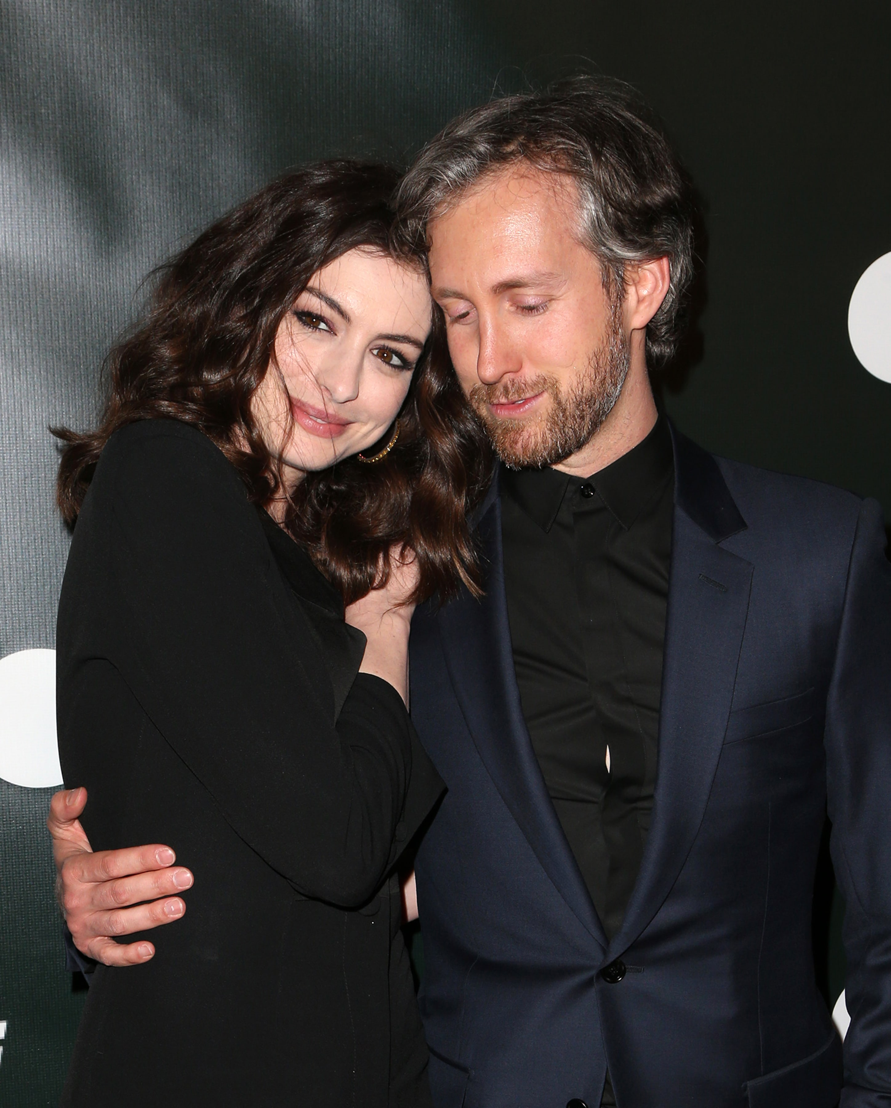 Anne Hathaway Spouse: Anne Hathaway Slams Fat Shamers In Anticipation To Her