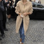 Ambrosio looked picture perfect in a long beige zip-up jacket with matching pumps and clutch as she arrived at the Balmain show in Paris Fashion Week. (Photo: WENN)