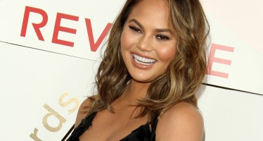 20 Tweets That Will Make You Miss Pregnant Chrissy Teigen