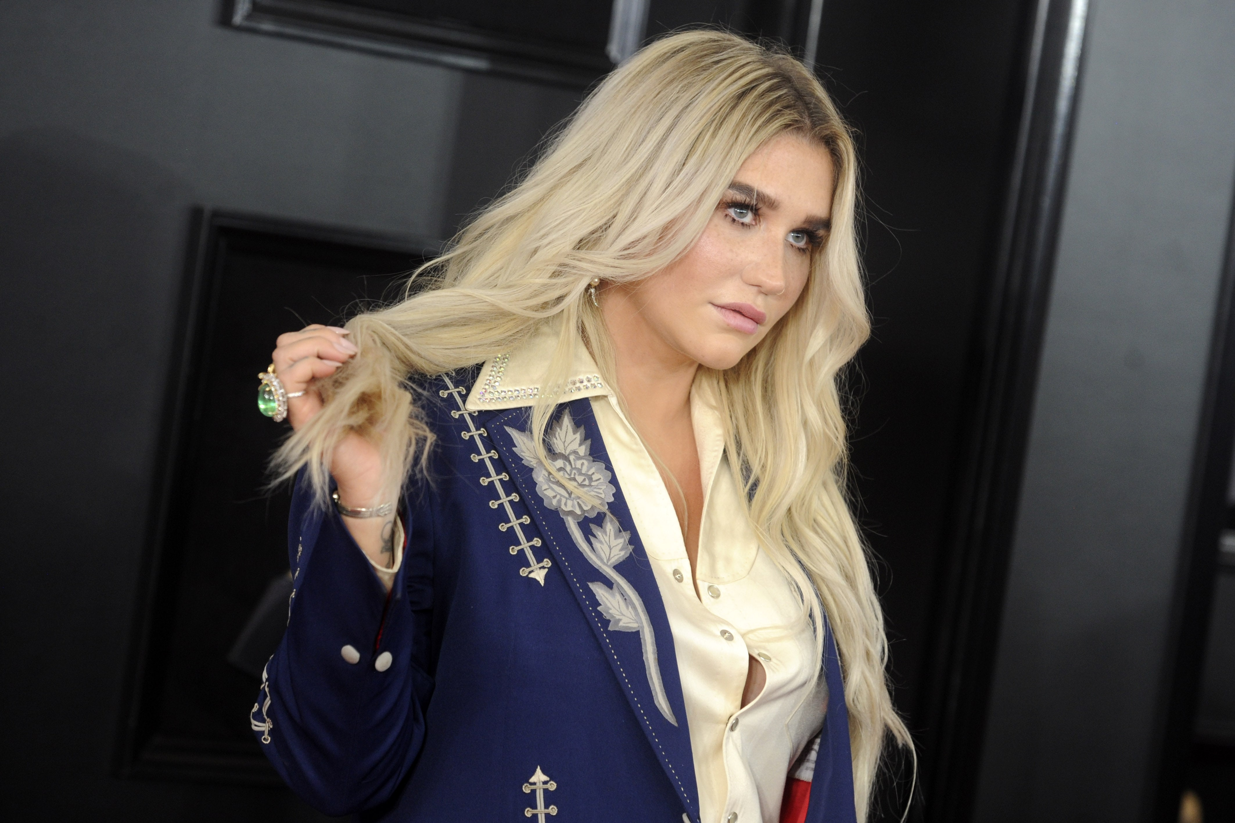 Kesha briefly addressed her past eating disorder speaking in a preview ahead of her interview with CBS Sunday Morning. (Photo: WENN)