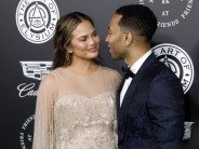 Funniest-Person-On-Twitter Chrissy Teigen Announces Her Son's Birth On Social Media