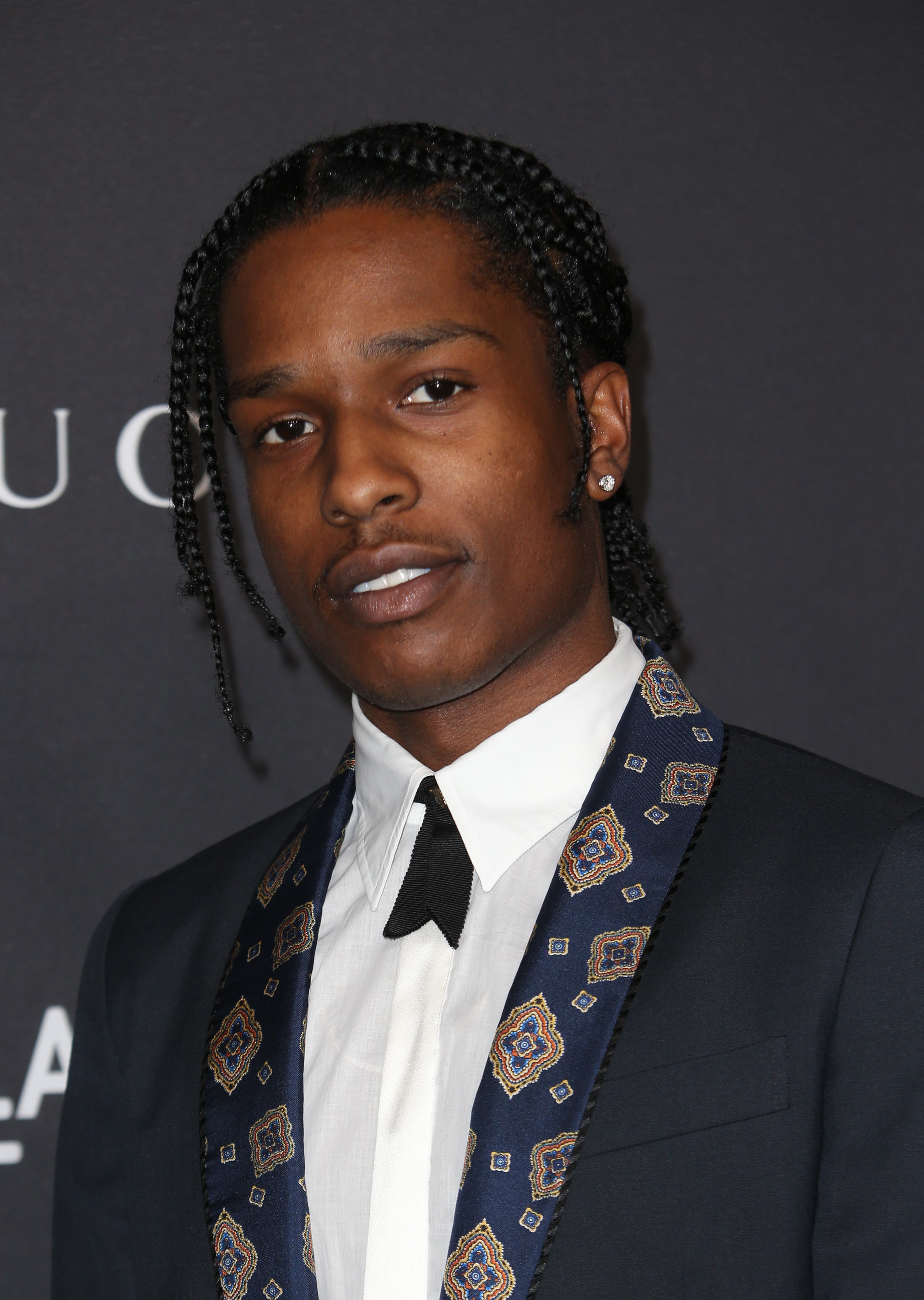 Is Asap Rocky Left Handed: Blake Lively, Taylor Swift And More Celebrities Who Have
