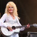 Dolly Parton is coming to Netflix with new anthology series. (Photo: WENN)