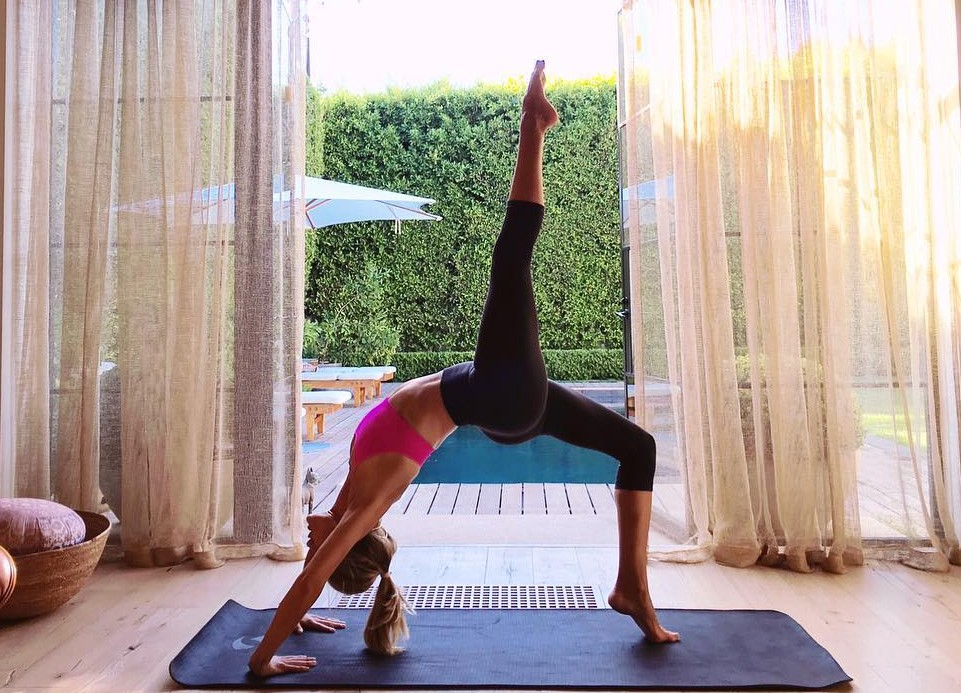 Be warned, some of these tweets will make you go oh, no, yoga to be kidding me! (Photo: Twitter)
