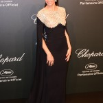 Adriana looked stunning at the Chopard Space Party wearing a slinky black dress by Reem Acra with sleeved cape on top. (Photo: WENN)