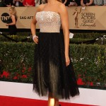 "Vergara unveiled a girly look at the 2017 SAG Awards in a sexy ""ballerina"" Zuhair Murad dress featuring a strapless silver top and flared net skirt. (Photo: WENN)"