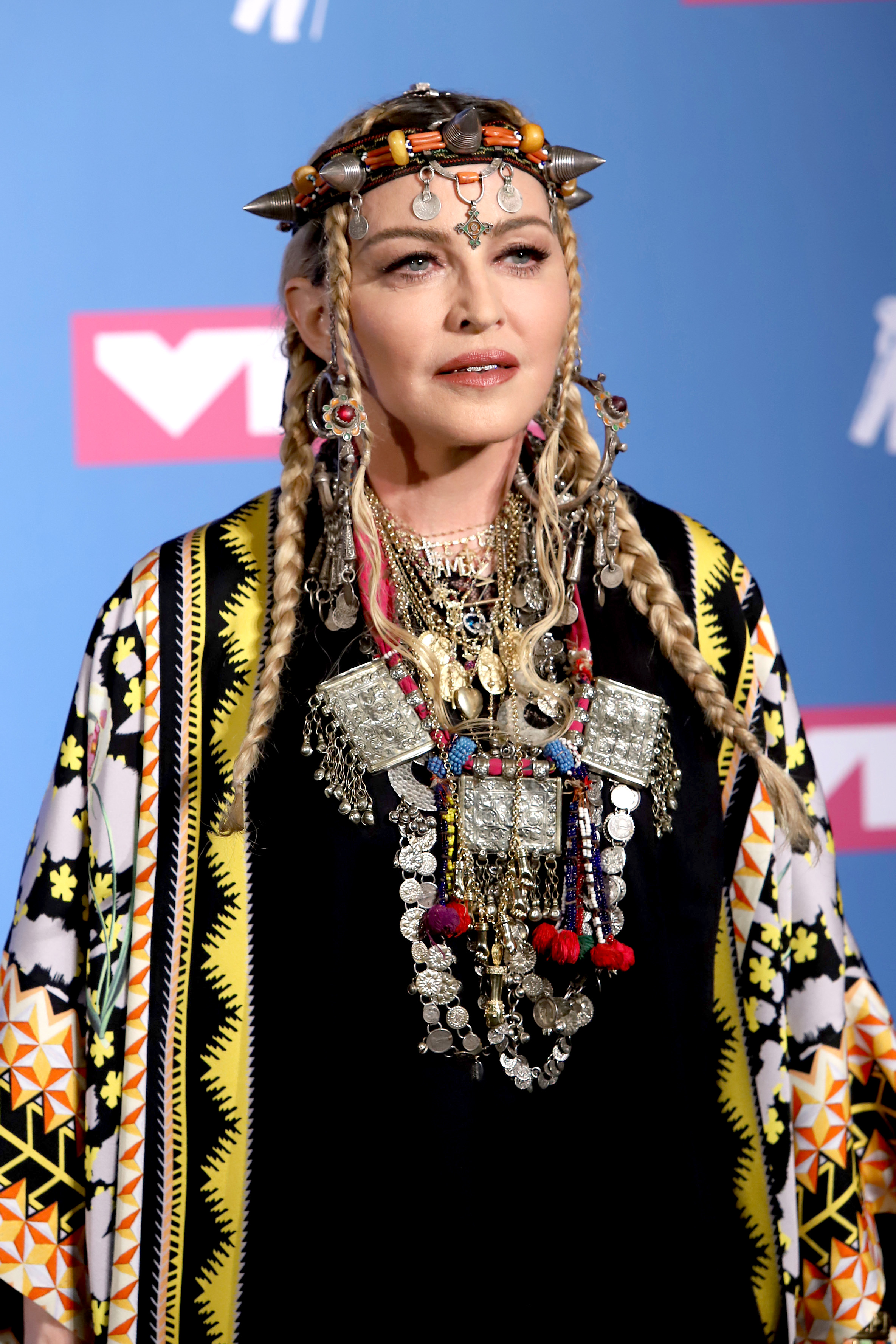 Madonna spoke about the ridicule of her figure 09.12.2009 86