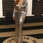Amy Adams took the plunge at the Vanity Fair 2017 Oscar Party in this long-sleeve old-Hollywood-inspired silver metallic dress by Gucci. (Photo: WENN)