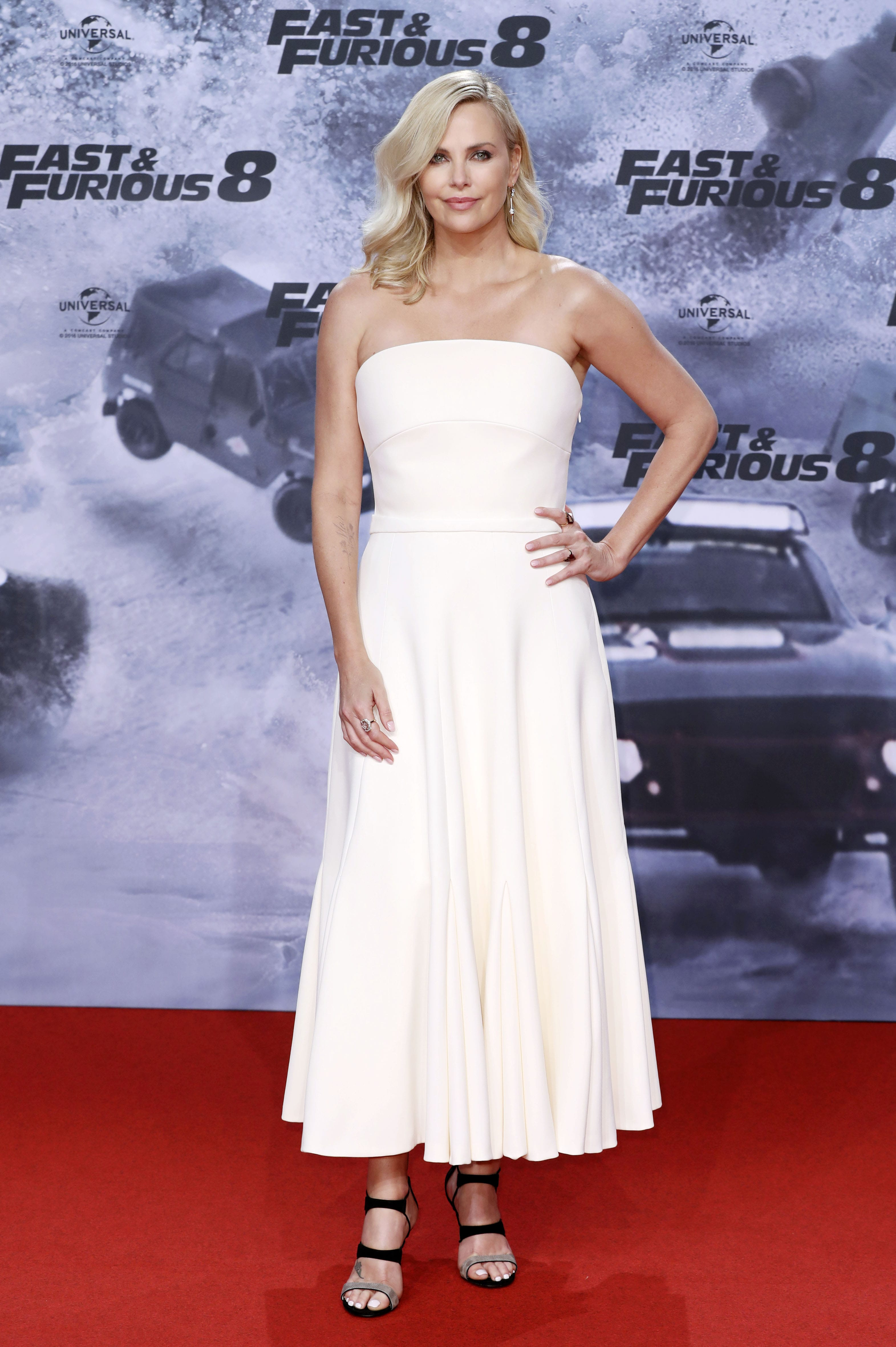 """040bf06ac8 The """"Fast and Furious"""" star looked sensational at the premiere of the eight  chapter"""