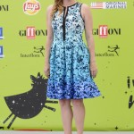 The 44-year-old actress received a Gioffoni Experience Award in a sleeveless, gradient, cute-chic dress with floral pattern designed by Vince Camuto. (Photo: WENN)