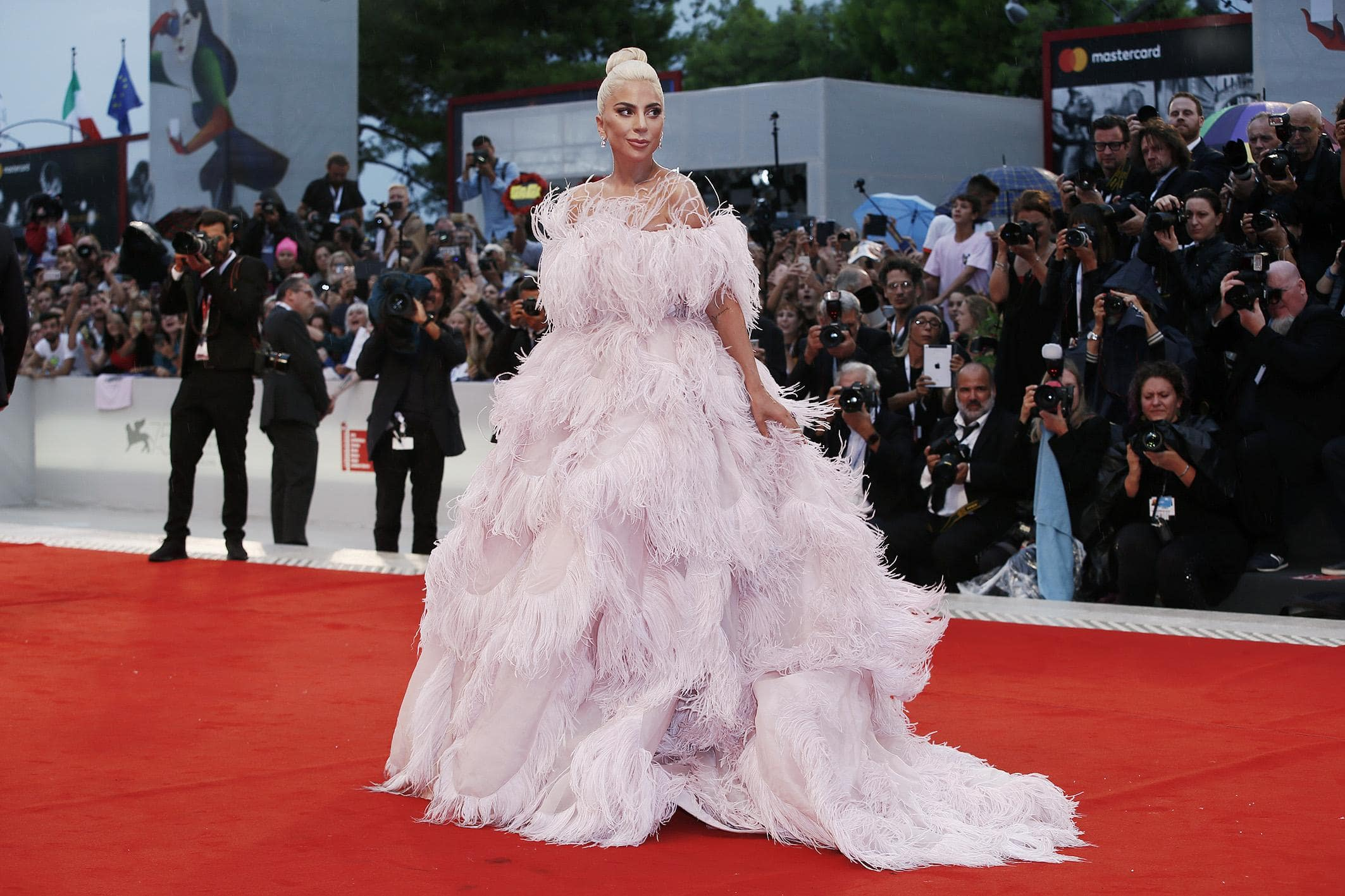 "As the last of the ""Big Three"" film festivals comes to an end and we say addio Venezia, let's take a look at our favorite red carpet looks at the house of the Golden Lion. (Photo: WENN)"