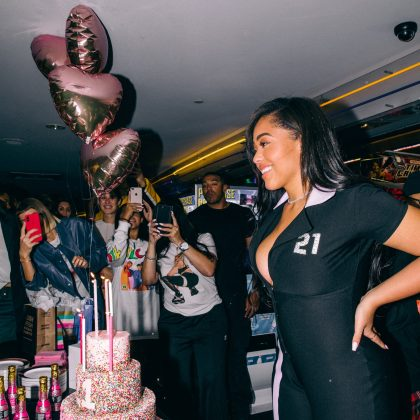Jordyn celebrated her 21st birthday on Sunday in an intimate party with friends and family at a bowling alley as she cut a huge sparkly cake. (Photo: Instagram)