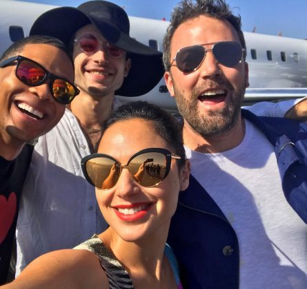 "Ezra is the baby of the ""Justice League"" cast. 25-year-old Miller just looks plain cute alongside 46-year-old Ben Affleck and 39-year-old Jason Momoa. The Flash is just a child! (Photo: Instagram)"