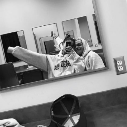 A fun mirror selfie of Ariana Grande sitting on Pete Davidson's lap. (Photo: Instagram)