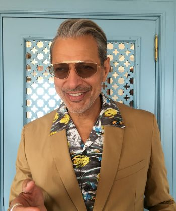 Jeff's Instagram page is swamped with Hawaiian shirt gems. (Photo: Instagram)