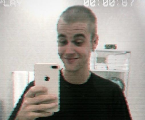 Click to see the best reactions to the news that Justin Bieber shaved his head. Thank you, God, for hearing the cries of countless worried Beliebers (us included). (Photo: Twitter)
