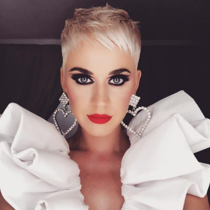 Katy Perry paired this dramatic smoky eye with a bright red lip. (Photo: Instagram)