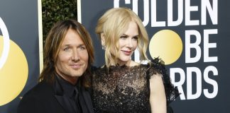 Nicole Kidman and Keith Urban looking incredibly glam at the 2018 Golden Globe Awards. (Photo: WENN)