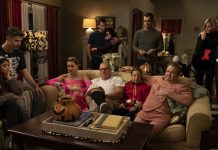 See the best reactions to the (not so) significant death in Modern Family. But hey, let's look at the bright side. At least it Jay and Stella were safe from death! (Photo: Release)