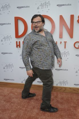 "What Jack Black lacks in height, he makes up in good humor. The comedian is barely 5'6""! (Photo: WENN)"