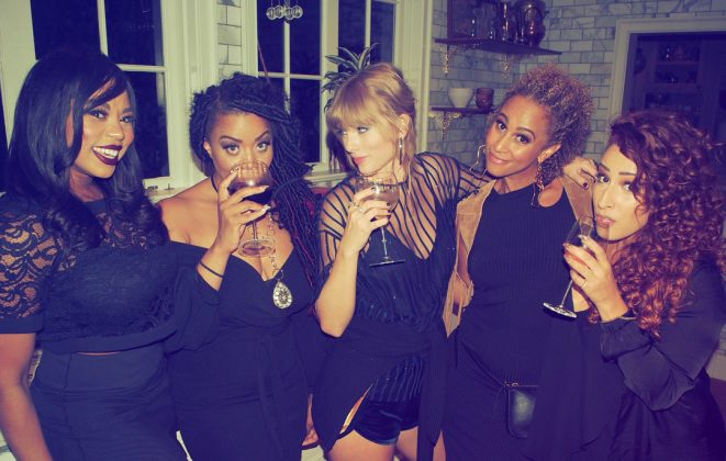 """Tay and her backup singers posing together for a """"Gorgeous"""" photo. (Photo: Instagram)"""