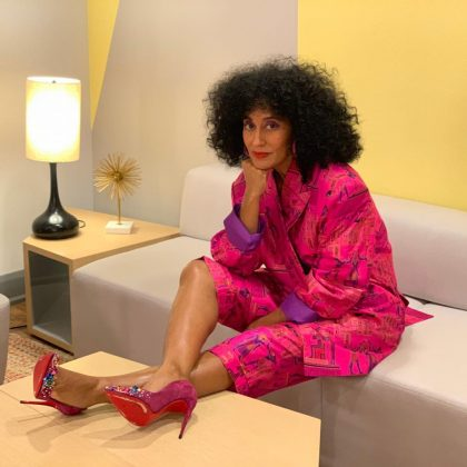 Tracee Ellis Ross living her best vie on rose. (Photo: Instagram)