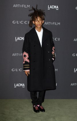 Jaden Smith walking down the red carpet of the 2016 LACMA Art + Film Gala. (Photo: WENN)