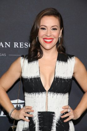 "Alyssa Milano said Friday her home was ""in jeopardy"" and tweeted, ""if anyone can get 5 horses out the fire please help me."" (Photo: WENN)"