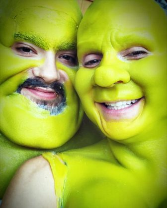 Queen of Halloween Heidi Klum and bf Tom Kaulitz channeled their inner Fiona and Shrek. (Photo: Instagram)