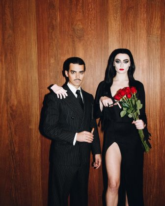 Joe Jonas and Sophie Turner look hot AF as Gomez and Morticia Adams. (Photo: Instagram)