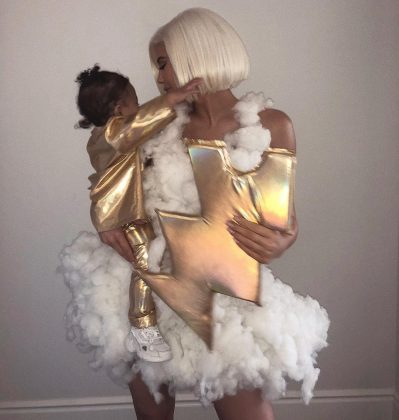Kylie and her baby stole everyone's thunder in this stormy weather costume. (Photo: Instagram)