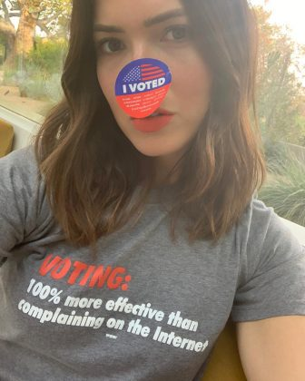 According to Mandy Moore, voting is 100% more effective than complaining on the internet. (Photo: Instagram)