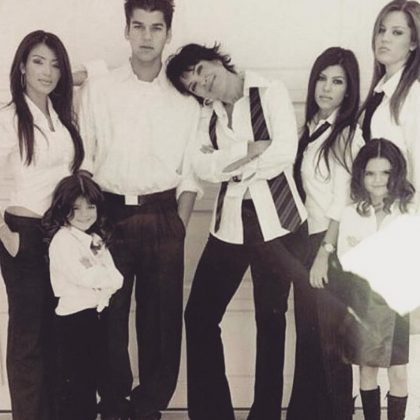 Kris Jenner celebrated Thanksgiving with a throwback picture of her famously infamous family. (Photo: Instagram)