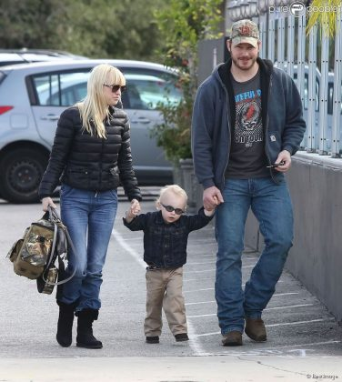 Pratt and Faris will share legal and physical custody of their 6-year-old son Jack. (Photo: WENN)