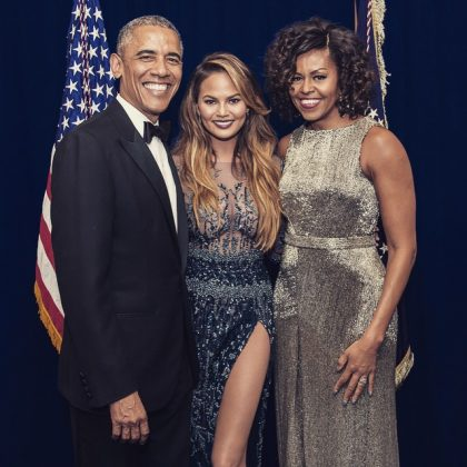 Because she too is a fangirls the Obamas. (Photo: Instagram)