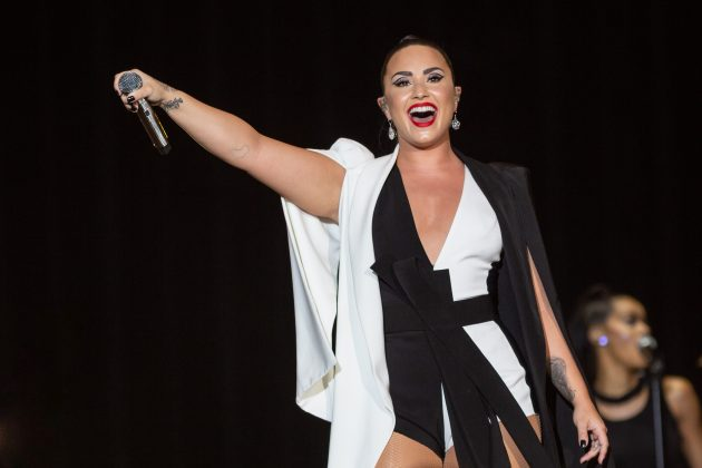 Demi Lovato went on an unfollowing spree that included some of her very famous best friends. (Photo: WENN)