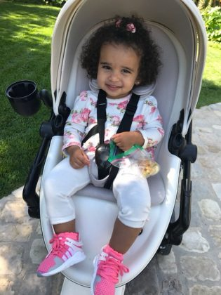 Dream Kardashian was ready to roll in her stroller during walk with proud dad Rob. (Photo: Instagram)