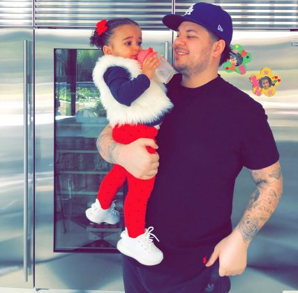 Kardashian lifted up his little girl for this candid photo opp after spending the whole weekend together. (Photo: Instagram)