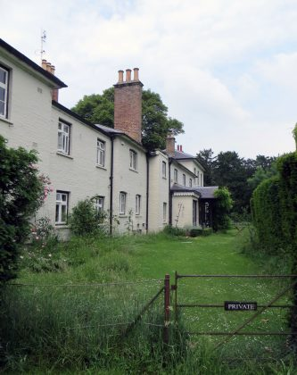 The newlyweds will be relocating 20 miles away to a 10-bedroon cottage in the Frogmore House estate. (Photo: WENN)