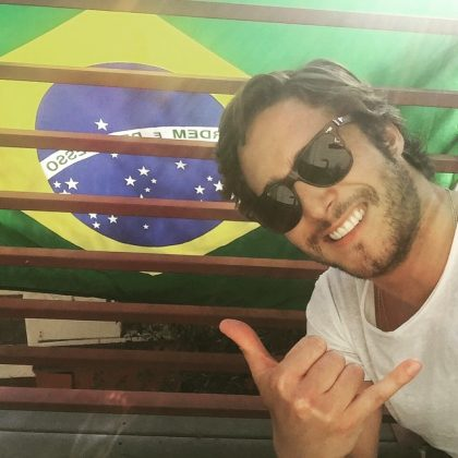 Diego fluently speaks (and signs in!) English, Spanish and Portuguese. He even rerecorded his first album, Diego, in Portuguese in 2006. (Photo: Instagram)